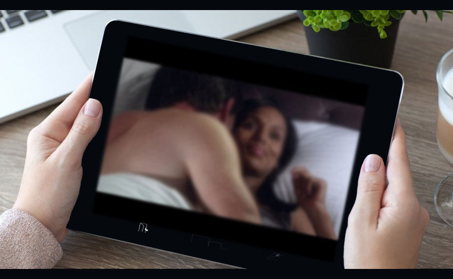 watching-sex-scandal