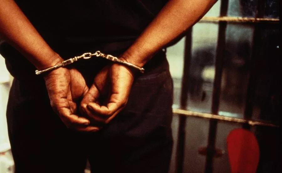 handcuffed2