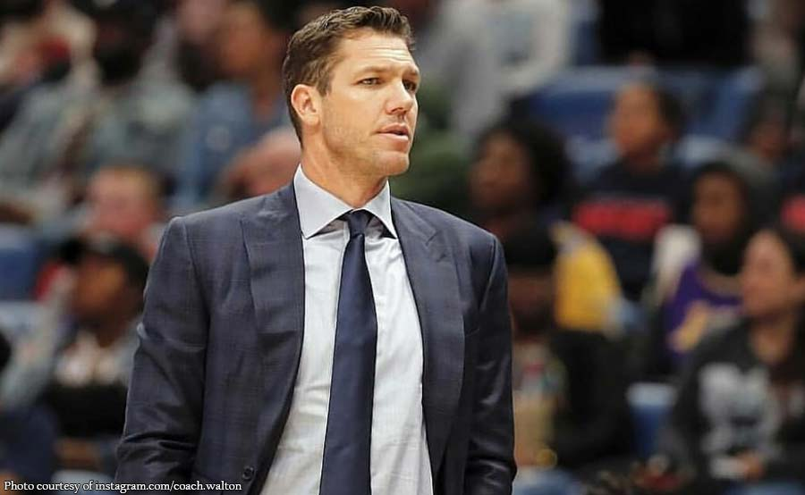 NBA coach Luke Walton, inasunto ng sexual assault