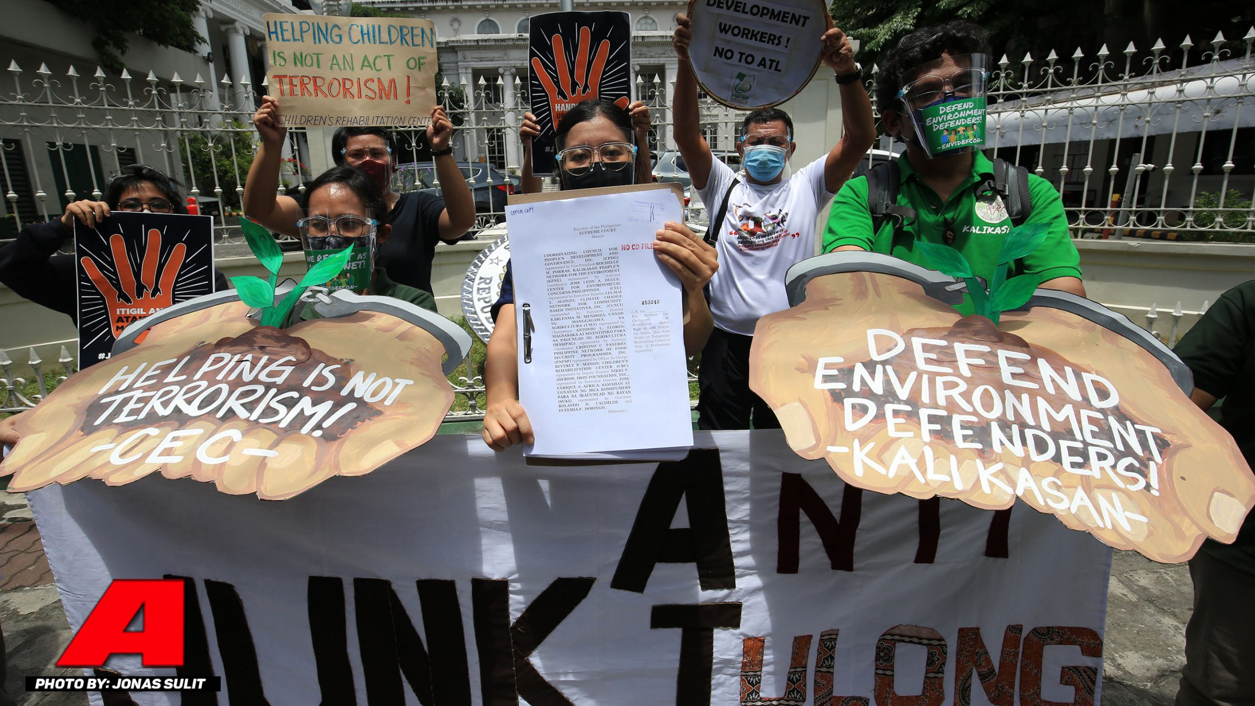 Mga environmentalist group naghain petisyon vs Anti-Terrorism Law