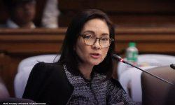 Tinawag na 'thirsty slut' sa damit sa SONA, Hontiveros sinupalpal ang netizen
