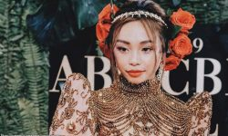 Maymay napaiyak ang ina sa biniling bahay sa Japan